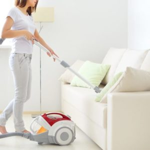 Tips To Keep Your Home Clean Over The Holidays